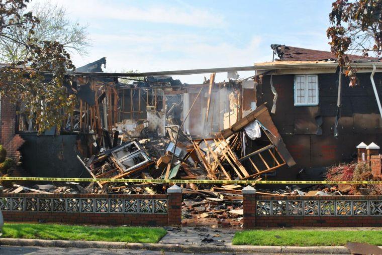 Howard Beach home explosion a mystery 1