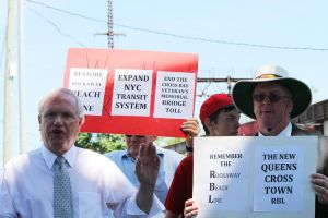 Avella backs plan for Rockaway rail 1