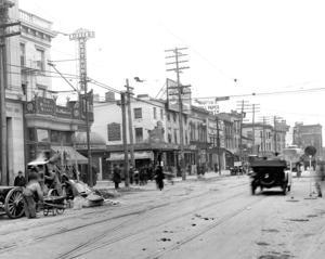 Downtown Jamaica, one century ago 1