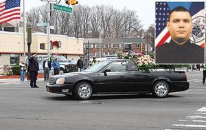 A hero's goodbye for Rockaway cop 2