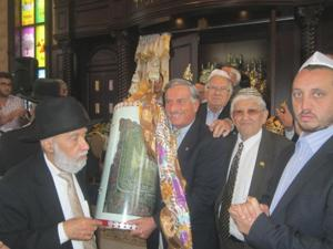 Synagogue opens in Fresh Meadows 1