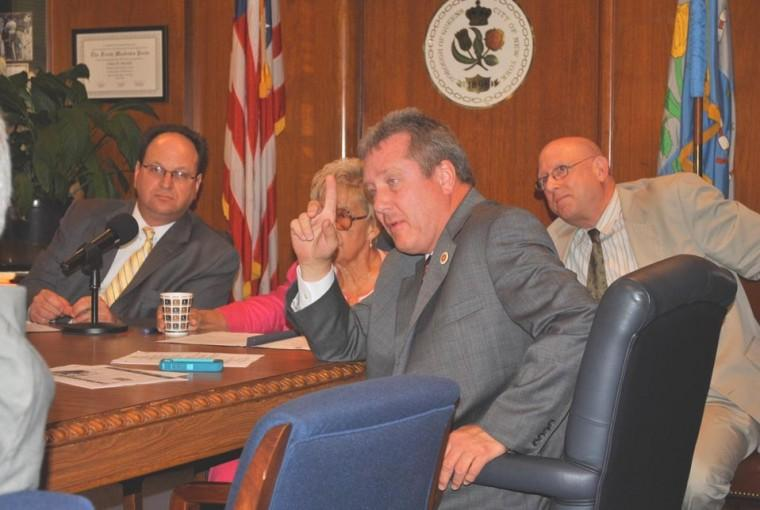 Marshall, CBs rip into FAA officials 1