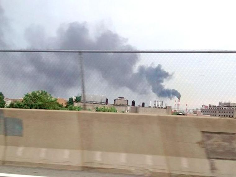 Astoria power plant spews black smoke 1
