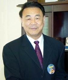 Ex-Assemblyman Meng charged with fraud; daughter distances herself in statement