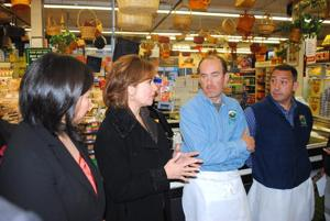 U.S. Small Business head visits Queens 1