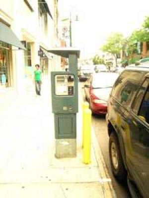Queens Parking Meters Will Soon Take Plastic