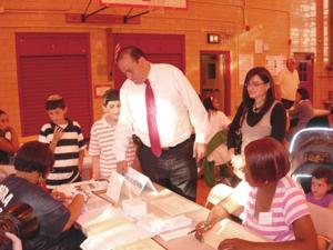 Simanowitz landslide in 27th Assembly race 1