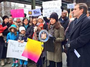 PS 85 calls for an end to train noise 1