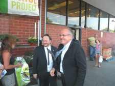 Giuliani, GOP hopefuls stump in Howard Beach