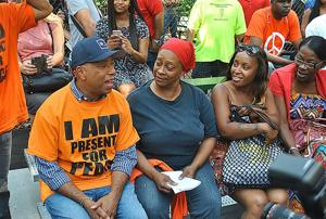 Simmons, LL Cool J lead rally for peace 1