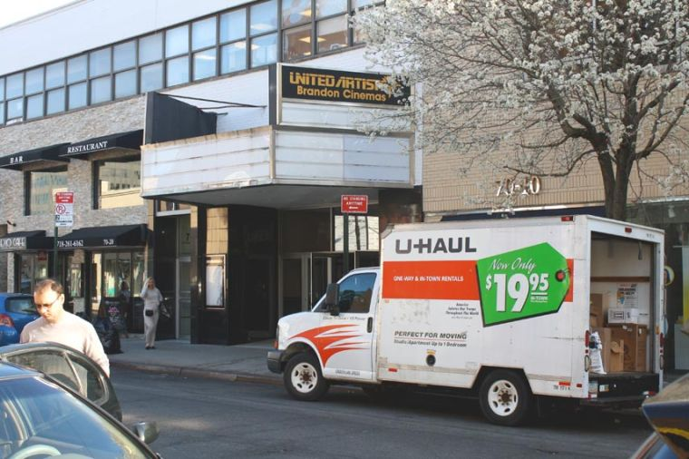 Roll credits: Forest Hills theater closes 1
