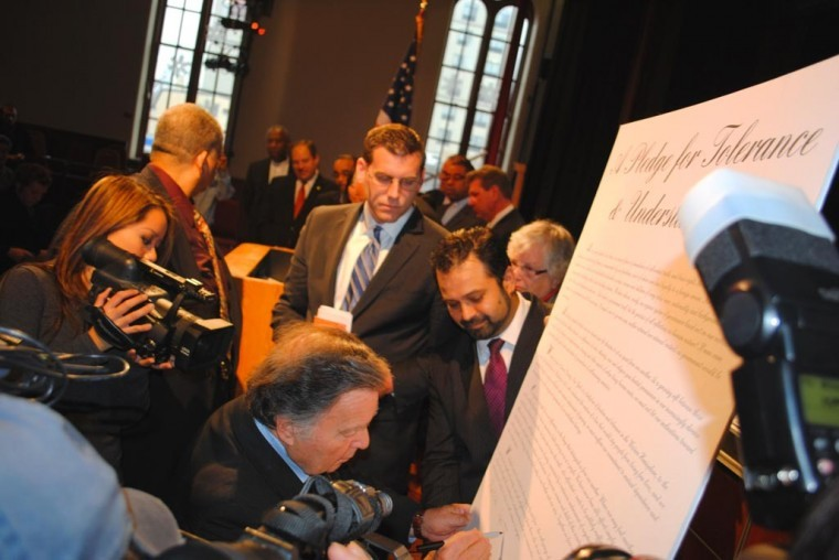 Officials, clergy sign tolerance pledge in Flushing