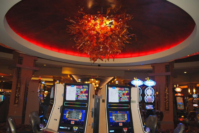 Casino opens 55126