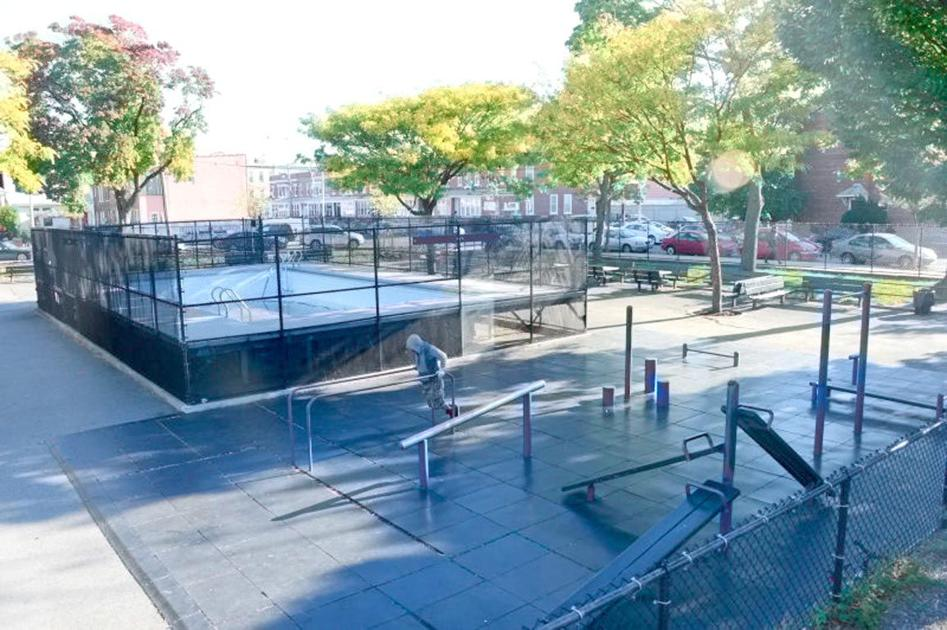 Debate bubbles up over astoria pool queens chronicle Queens park swimming pool opening times