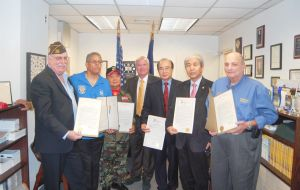 Five area veterans honored in Bayside 1