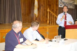 Sandy town hall yields some recovery answers 1