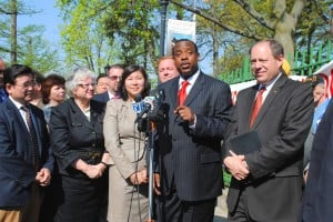 Harsh words for plan to close Flushing HS 1