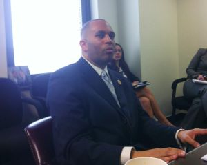 Jeffries talks FEMA, guns, immigration 1