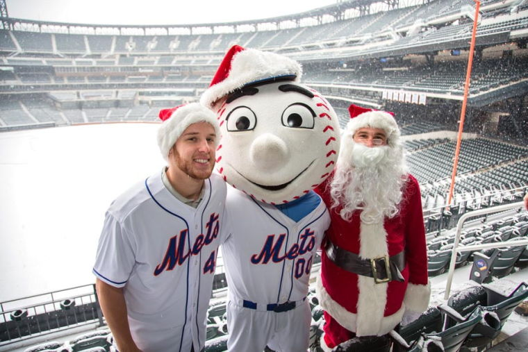 Mets celebrate season with youth