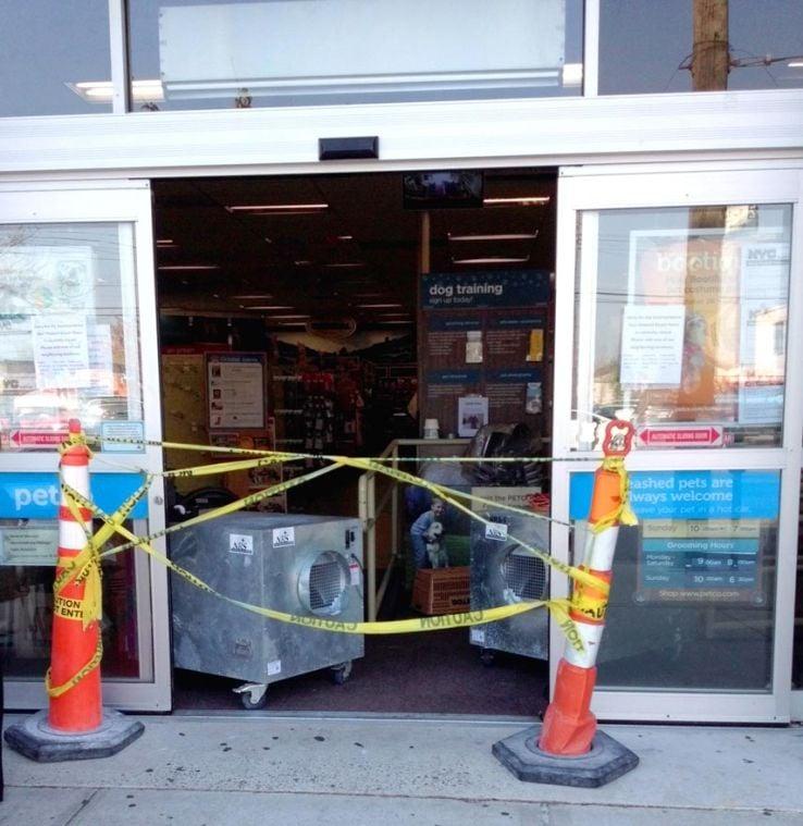 Fire guts Petco store on Cross Bay Blvd. 1