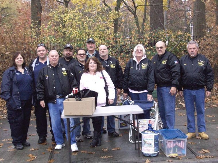 Car club delivers gifts to ill children 1