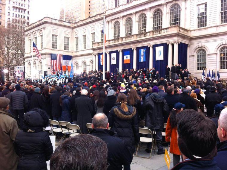 De Blasio sworn in as 109th mayor 1