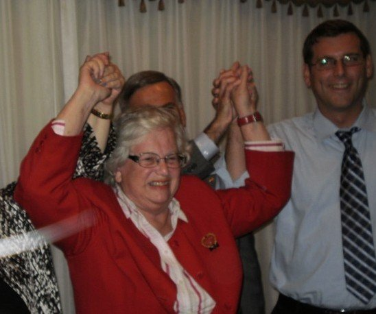 Incumbent Stavisky thanks crowd for win