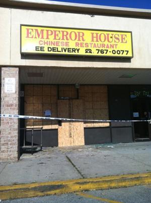 Restaurant fire injures owner 2