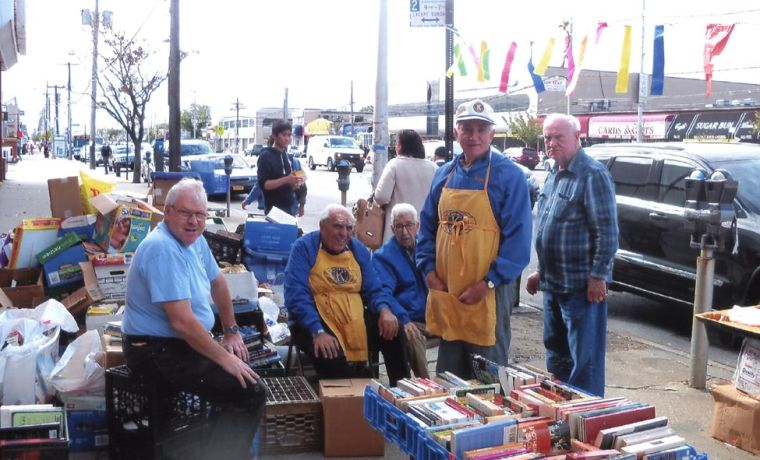 Kiwanis Club Book Sale 1