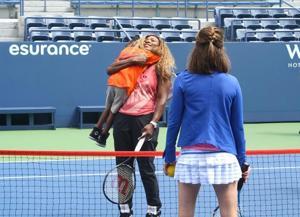 Serena Williams surprises campers 1