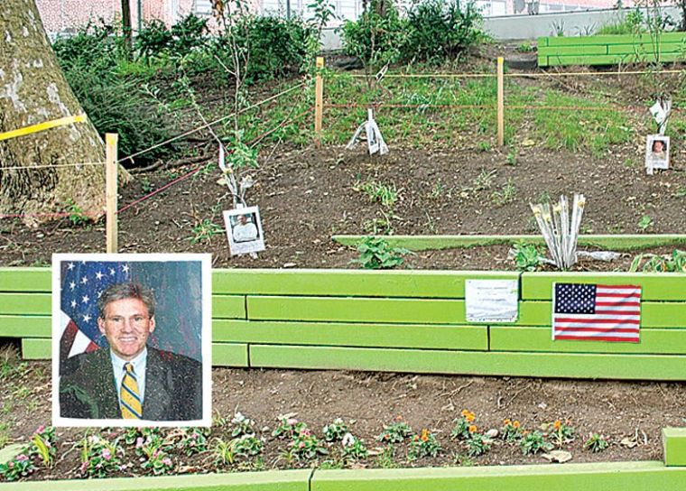 Park garden honors the fallen 1