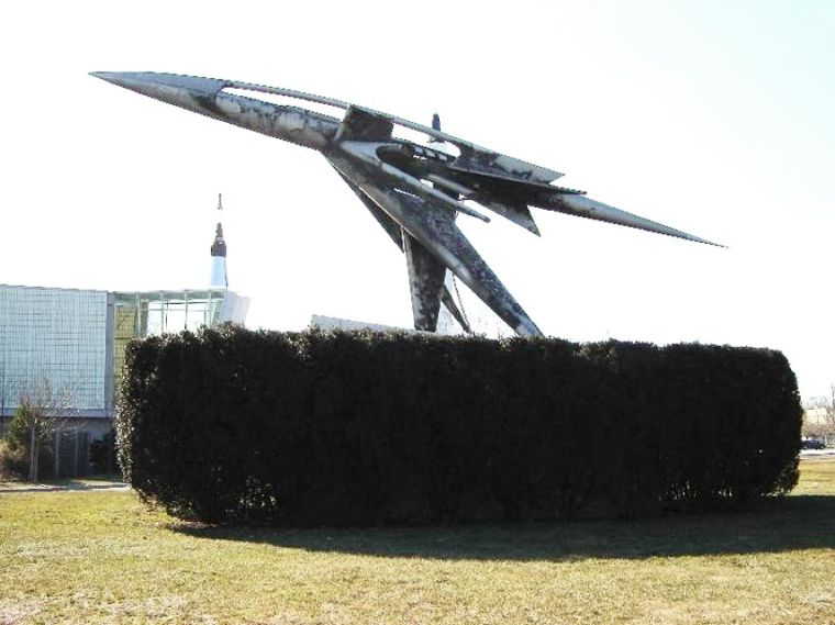Wide range of art at '64 World's Fair 2