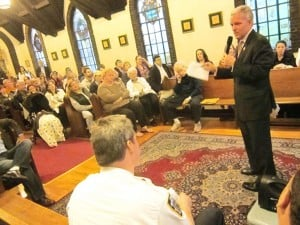 Sunnyside talks crime at Town Hall 1
