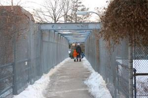 Dimly lit walkway worries pedestrians 1