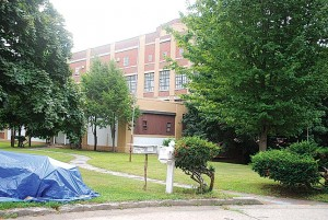 CB 5 Chair: Rumored  shelter not allowed  1
