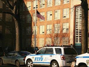 Sandy Hook shooting leaves Queens in shock 1