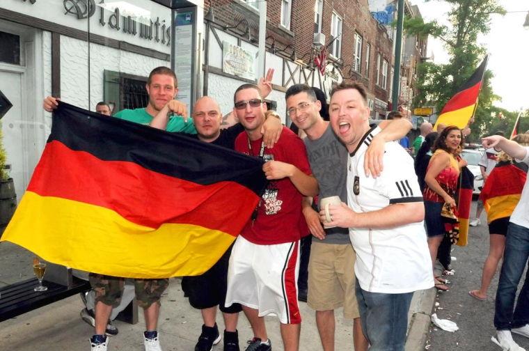 Goooaaal! Glendale celebrates Germany's win 6