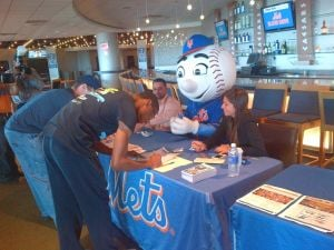 Mets host blood drive 2
