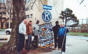 Howard Beach Kiwanis gets its hands dirty 1