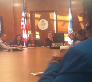 Katz meets parents at first advisory meeting 1