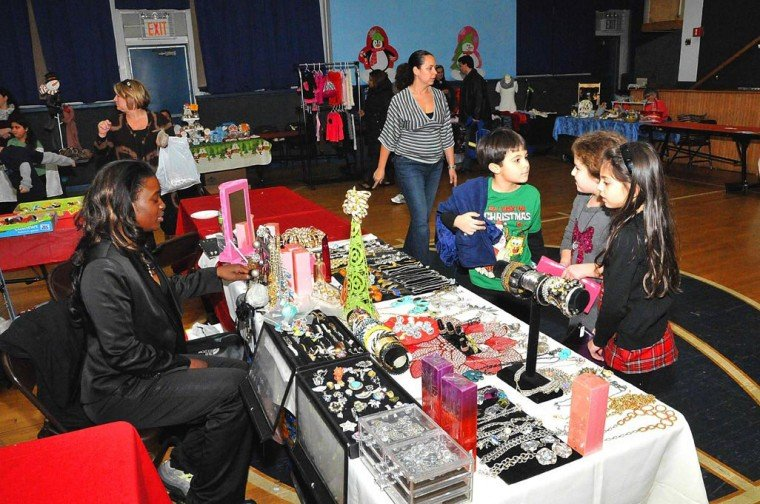 Residents flock to Ave Maria for shopping blitz