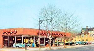 <p>Seen here in the spring of 1959, Dahlgard Ford, at 150-01 Northern Blvd. in Flushing, soon became Monahan Ford.</p>