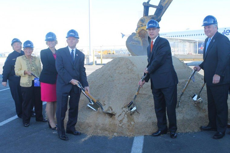 Work begins on new JetBlue extension  1