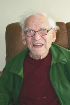 Flushing House resident to celebrate 100th b'day