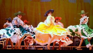 Mestizo Dance Company goes traditional at Thalia Spanish Theatre 2