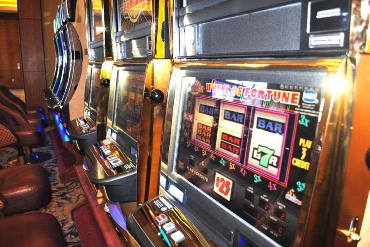 Cuomo casino plan worries Queens legislators