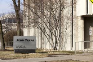 John Deere to lay off 910 across Iowa, Illinois – Quad-City Times