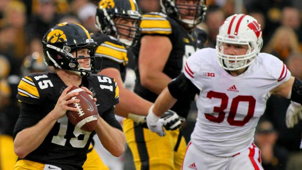 Rudock off Hawkeyes' depth chart, but not the team ... yet