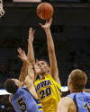 Hawkeyes dominate in romping past Marquette