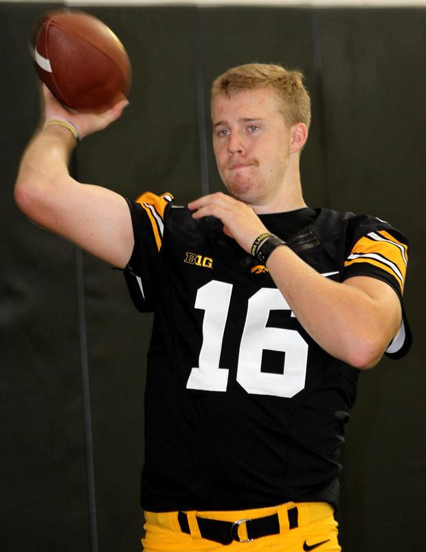 Beathard ready to take over as Hawkeyes' QB